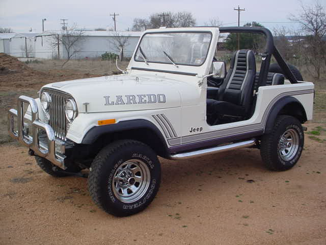 Awesome 1986 CJ-7 LAREDO!